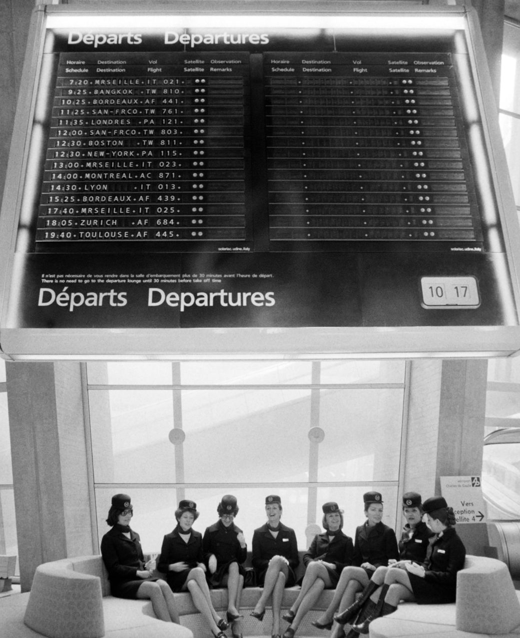 airport split flap