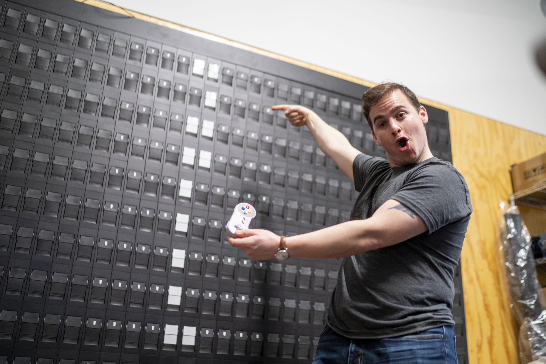 You Can Play Tetris on a Giant Mechanical Flipboard Display?