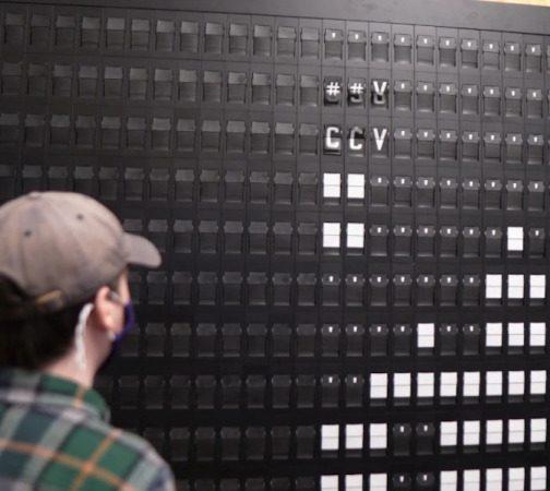 Tetris on Split Flap Go BRRR by Hackaday